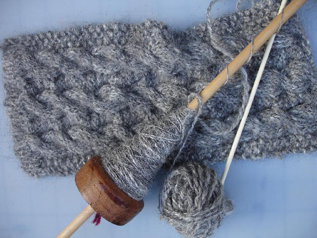 Nz_spindle_yarn2_0307_2
